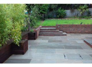 Pavestone Natural Stone Paving Premium Select Light Grey 290x290mm