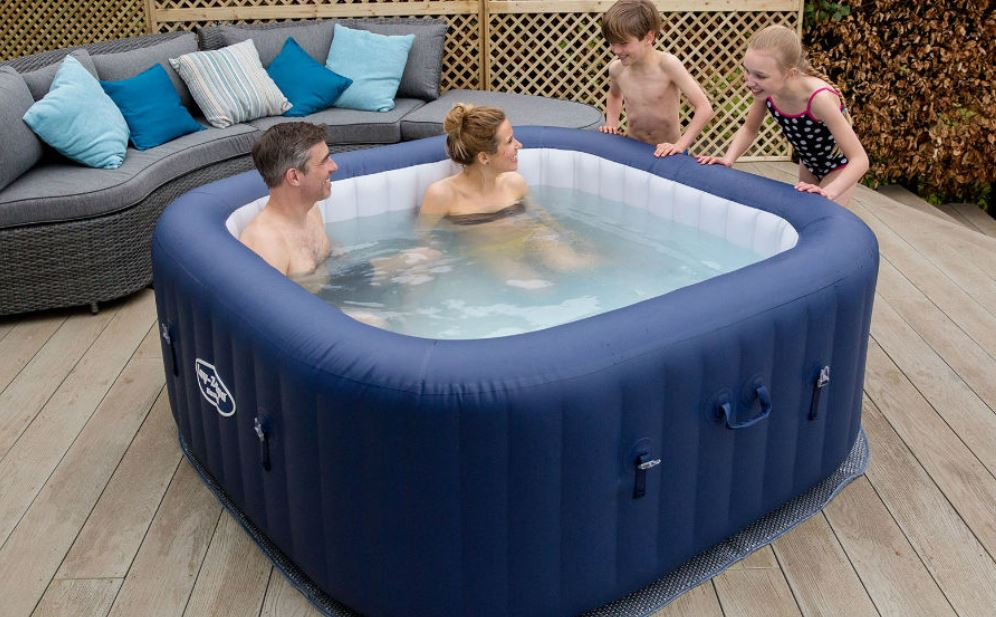 Win hot tub hire for your garden